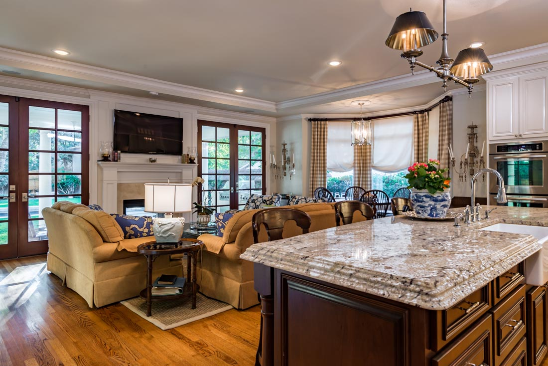 Cozy Cottage Kitchen 4
