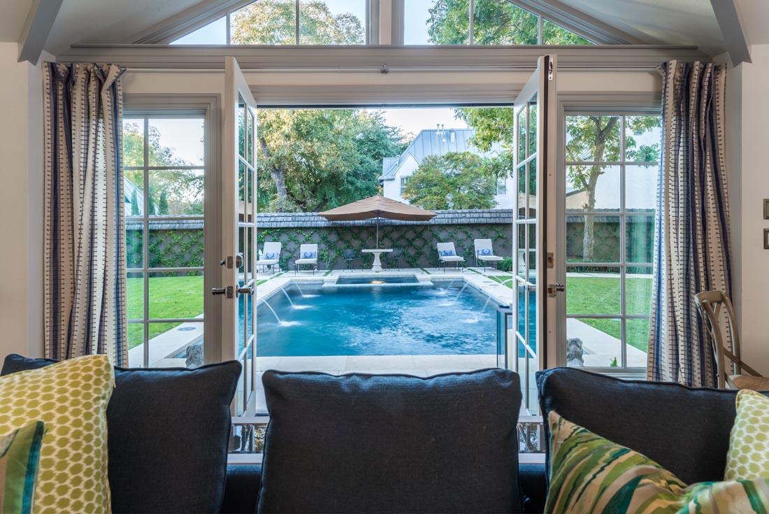 Pool House Oasis 6