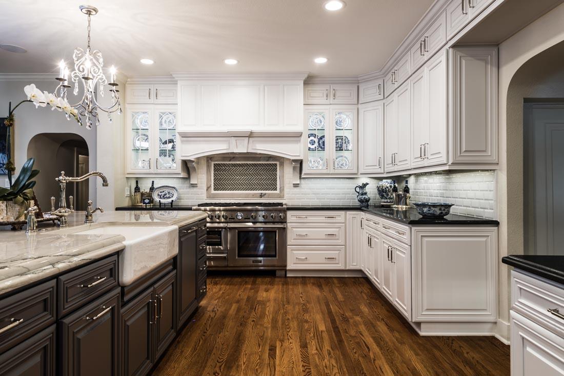 Upscale Luxurious Kitchen 2