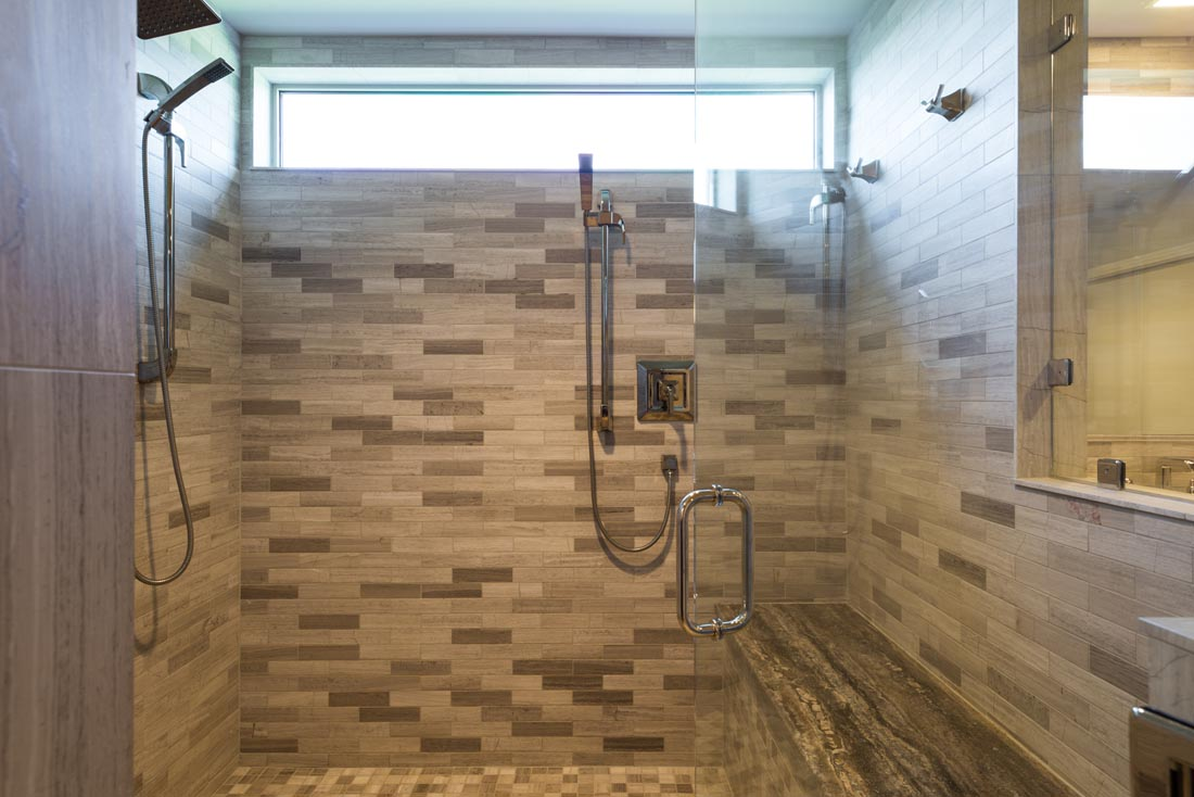 Spacious His and Hers Bathroom 3