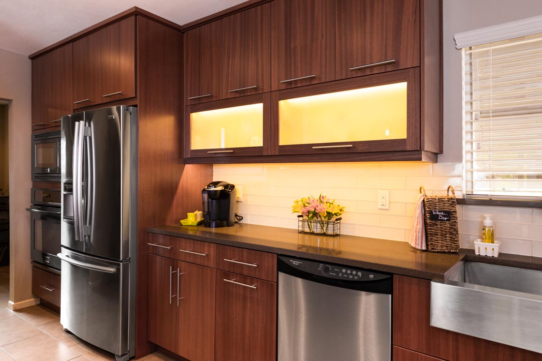 Contemporary Sleek Kitchen 2