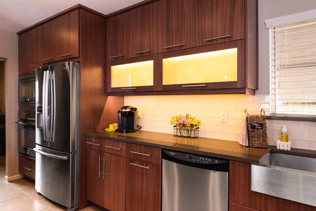 Contemporary Sleek Kitchen 2
