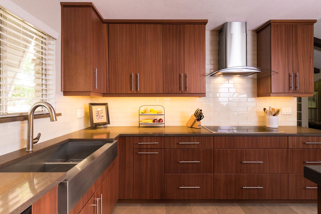 Contemporary Sleek Kitchen 4